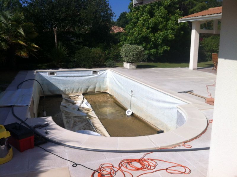 Changement de liner piscine gironde fm piscines for Piscine talence